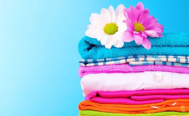 Cách khử mùi hôi quần áo trong ngày mưa bão