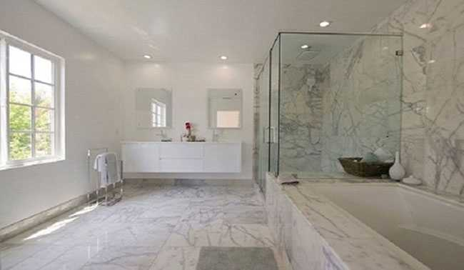 Nhà vệ sinh mới xây có mùi hôi nguyên nhân do đâu?